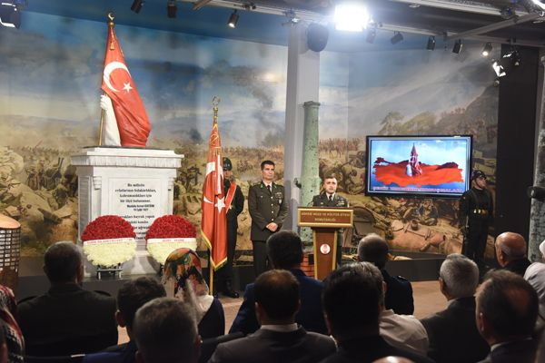 """""""turkiye-sehitlerini-aniyor""""-etkinligi--009.jpg"""