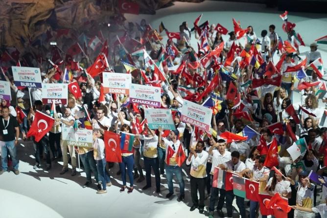 2.-uluslararasi-turkce-bayrami-kutlandi-001.jpg