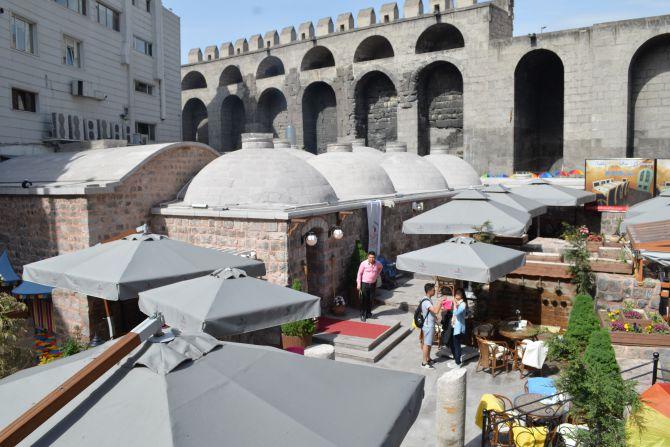 810-yillik-tarihi-sultan-hamami-restoran-olarak-hizmet-veriyor-(22).jpg