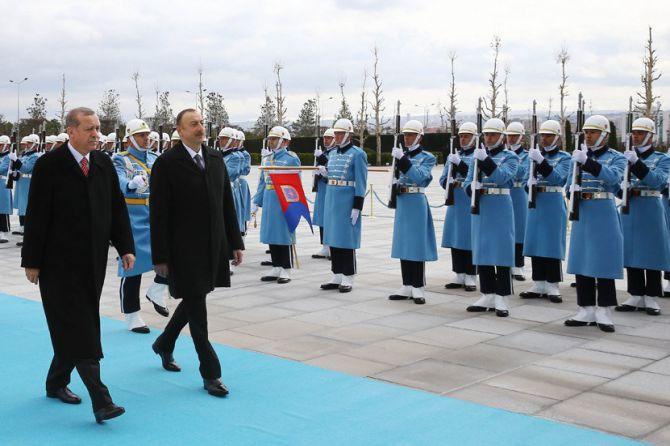 aliyev-cumhurbaskanligi-kulliyesinde-002.jpg