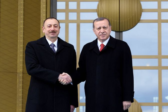 aliyev-cumhurbaskanligi-kulliyesinde-003.jpg