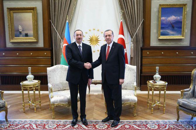 aliyev-cumhurbaskanligi-kulliyesinde-005.jpg
