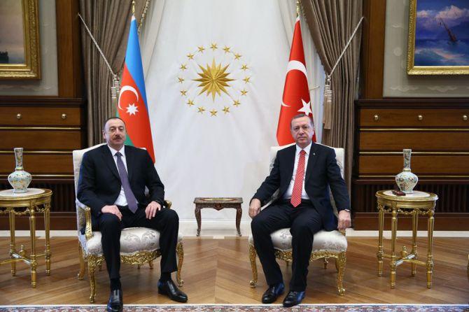 aliyev-cumhurbaskanligi-kulliyesinde-006.jpg