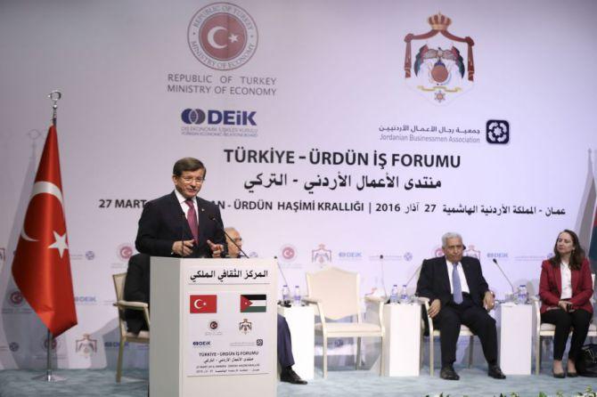 basbakan-ahmet-davutoglu,-turkiye-urdun-is-forumu'nda-konustu-002.jpg