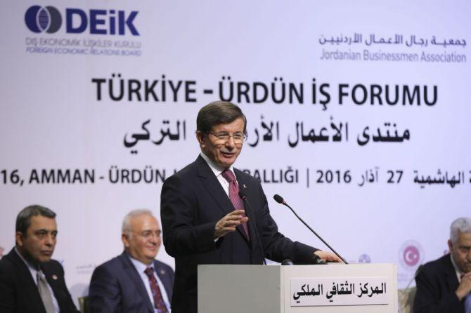 basbakan-ahmet-davutoglu,-turkiye-urdun-is-forumu'nda-konustu-003.jpg