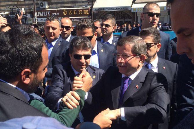 basbakan-ahmet-davutoglu-diyarbakirda.jpg