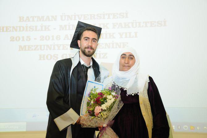 batman-universitesi'nde-mezuniyet-coskusu-001.jpg