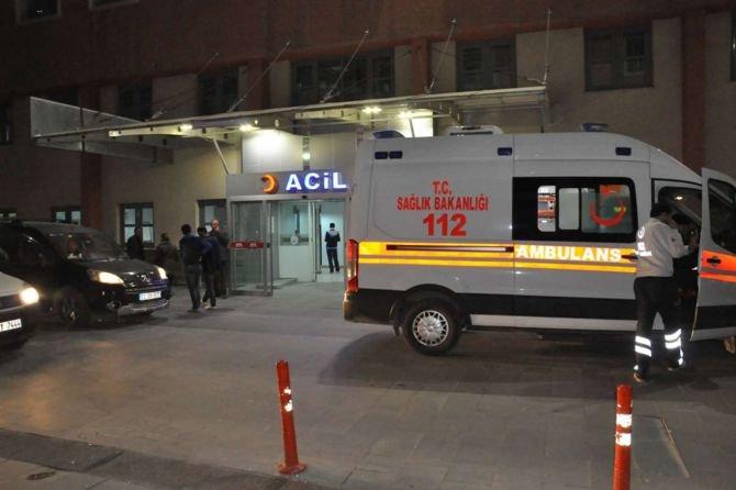 batmanda-ambulans-kaza-yapti-4-yarali-.jpg