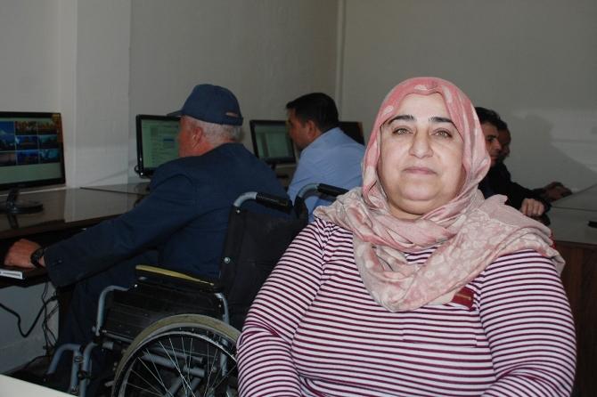 batmanda-engellilere-bilgisayar-kursu-001.jpg