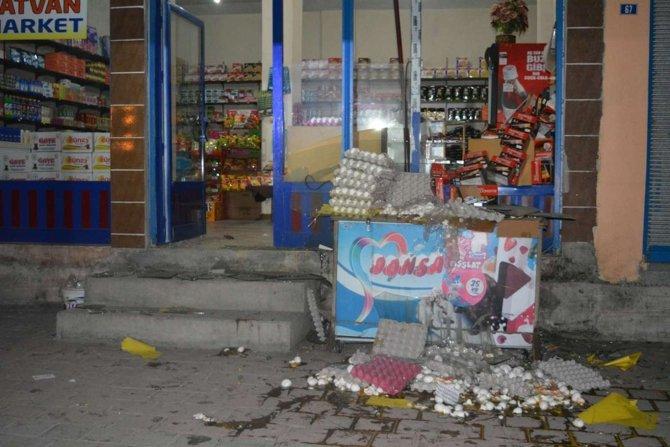 batmanda-markete-bombali-saldiri.jpg
