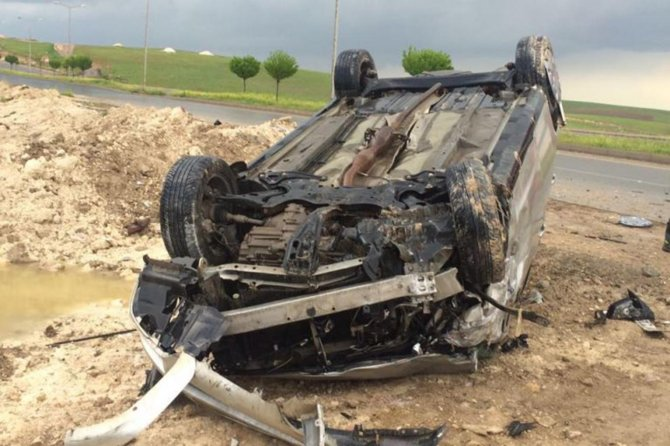 batmanda-meydana-gelen-kazada-5-kisi-yaralandi-001.jpg