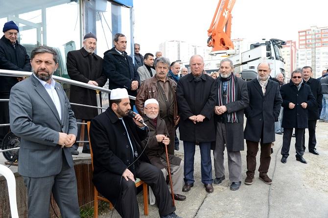 beylikduzu-belediyesi-mevlana-camii-girisimiyle-.jpg