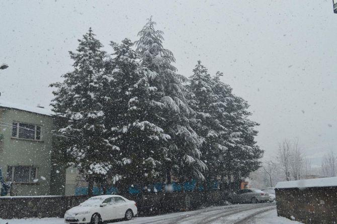 bitlis'te-kar-yagisindan-39-koy-yolu-ulasima-kapali-001.jpg