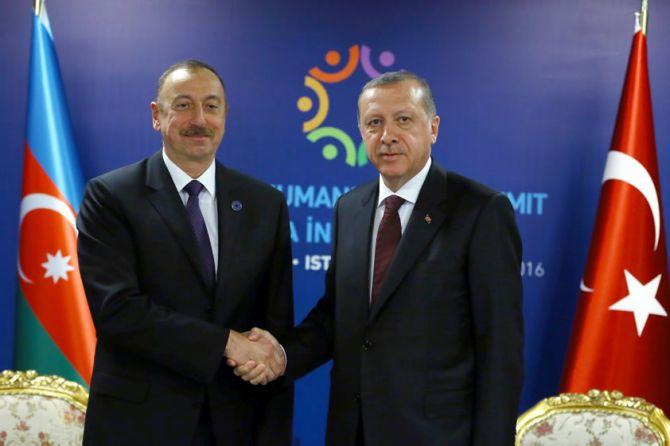 cumhurbaskani-erdogan,-aliyev-ile-gorustu-001.jpg