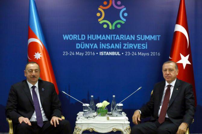 cumhurbaskani-erdogan,-aliyev-ile-gorustu-002.jpg