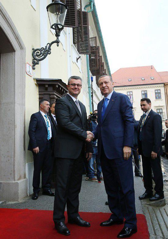 cumhurbaskani-erdogan,-hirvatistan-basbakani-ile-gorustu-002.jpg