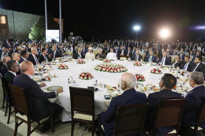 cumhurbaskani-erdogan-220.jpg
