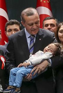 cumhurbaskani-erdogan-hep-birlikte-dik-durmaliyiz-001.jpg