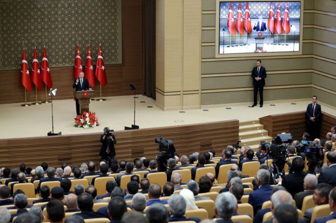 cumhurbaskani-erdogan-iplerinin-nereye-uzandigi-malumdur-004.jpg