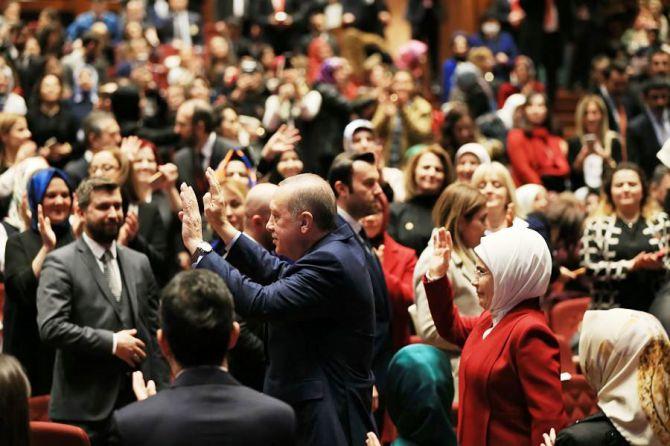 cumhurbaskani-erdogan-kadinlar-gunu-002.jpg