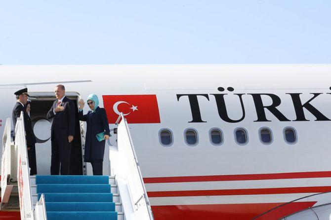cumhurbaskani-erdogan-uganda'ya-gitti-003.jpg