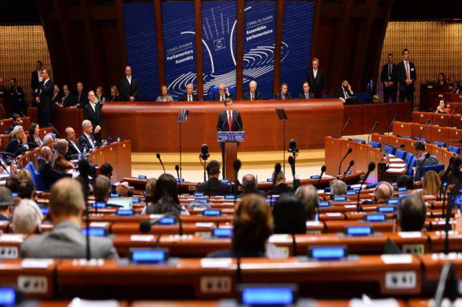 davutoglu,-avrupa-konseyi-parlamenterler-meclisi'nde-konustu-002.jpg