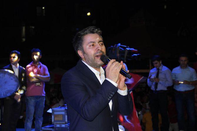 diyarbakir'da-23.gunde-darbe-karsiti-gosteriler!-002.jpg