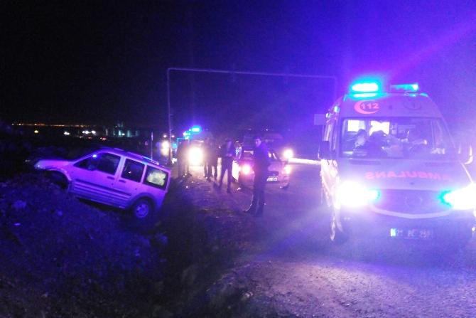 diyarbakir'da-trafik-kazasi-5-yarali-008.jpg