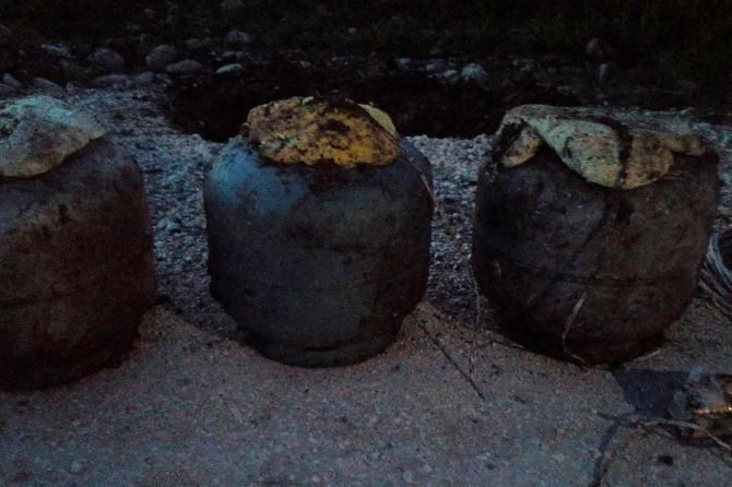 diyarbakir'da-yola-doseli-patlayici-imha-edildi-001.jpg