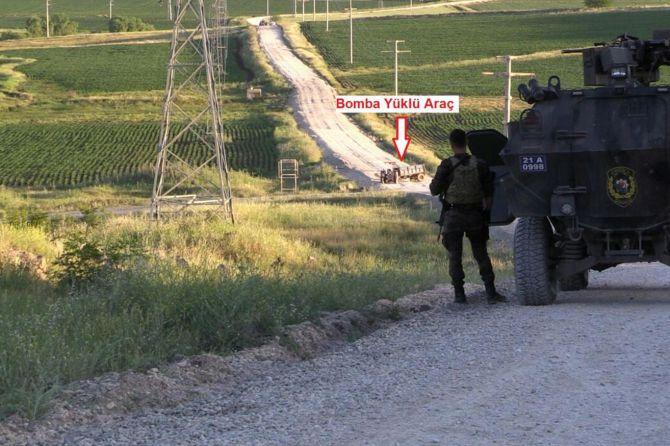diyarbakir-valiliginden-bombali-traktor-aciklamasi.jpg