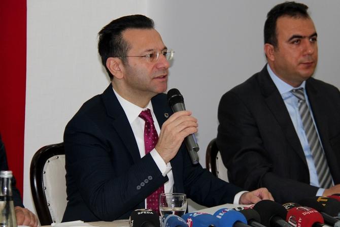 diyarbakir-valisi-aksoy-001.jpg