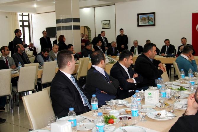 diyarbakir-valisi-aksoy.jpg