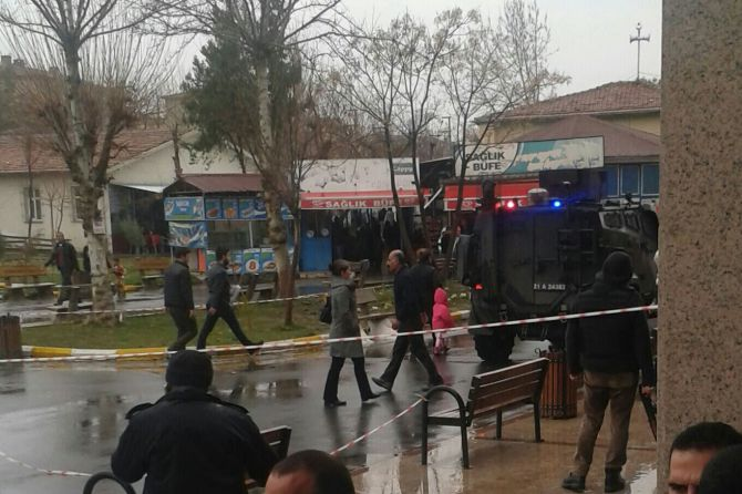 diyarbakirda-bashekime-silahli-saldiri!-001.jpg