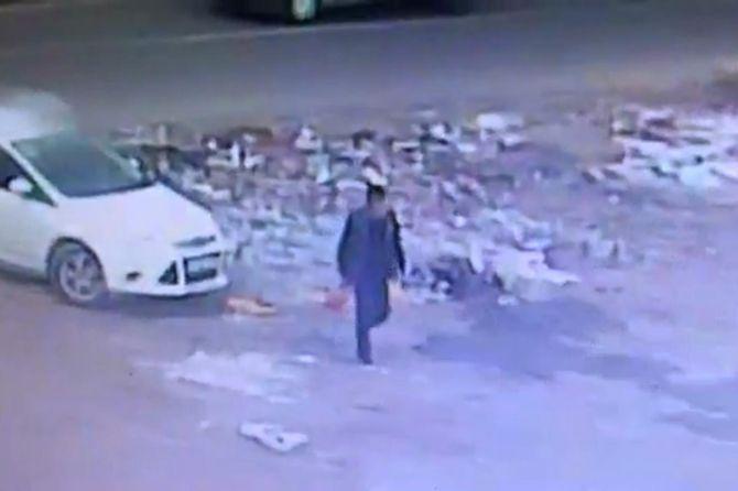 diyarbakirda-bombali-aracin-birakilma-ani-kameralarda-001.jpg