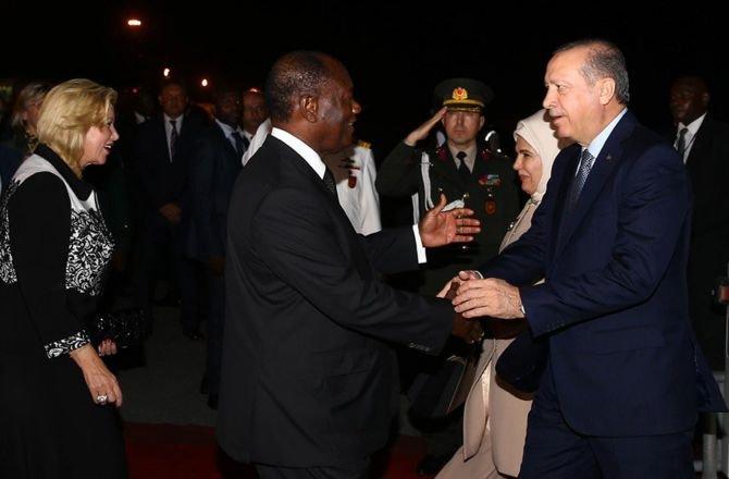 erdogan,-afrika-seyahatinin-ilk-duraginda.jpg