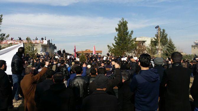 hizbullah-lideri-velioglu-kabri-basinda-anildi-001.jpg