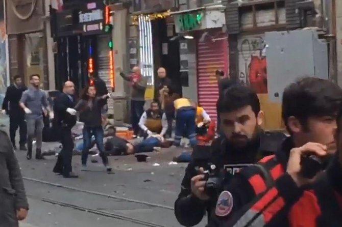 istanbul-valisi-canli-bomba-dahil-4-kisi-oldu.jpg