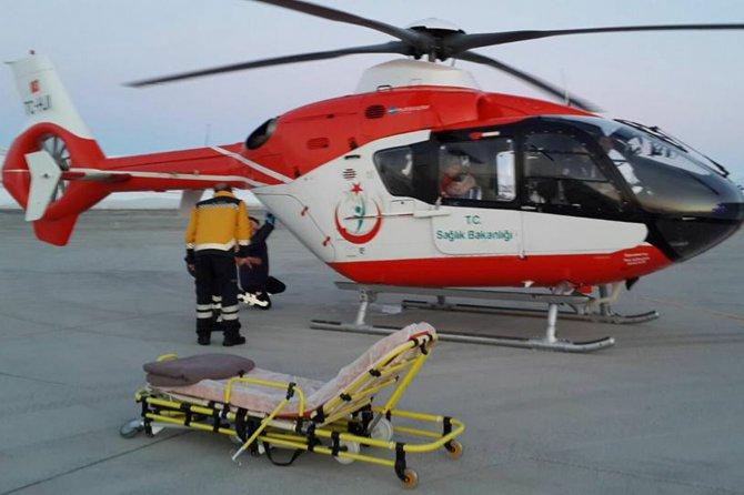 karda-mahsur-kalan-hastalar--helikopterle-kurtarildi-002.jpg