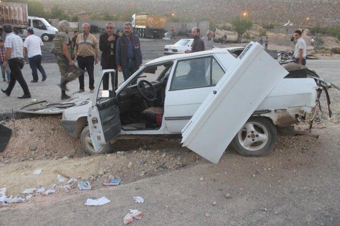 mardin'de-meydana-gelen-trafik-kazasinda-3'u-agir-5-yarali-001.jpg