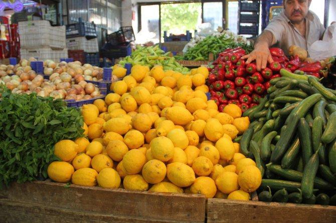 meyve-ve-sebze-fiyatlari-tavan-yapti.jpg