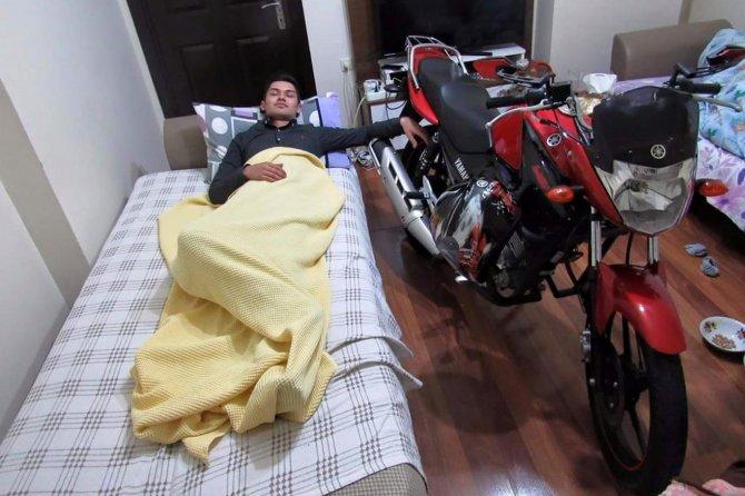 motosiklet-surucusu-canindan-oldu.jpg
