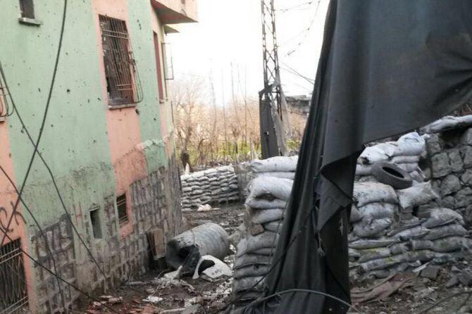 sirnakta-tank-atislari-devam-ediyor-.jpg