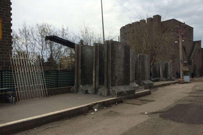 sur-beton-bloklarla-cevriliyor!.jpg