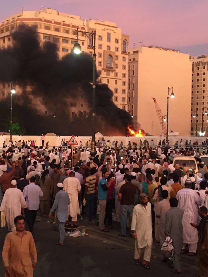 suudi-arabistanda-siddetli-patlama-olu-ve-yaralilar-var.jpg