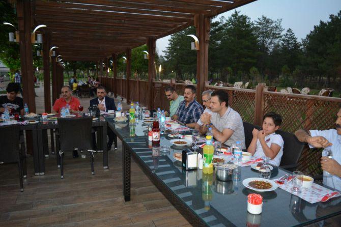 tpaodan-basina-iftar-yemegi-003.jpg