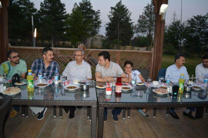 tpaodan-basina-iftar-yemegi.jpg