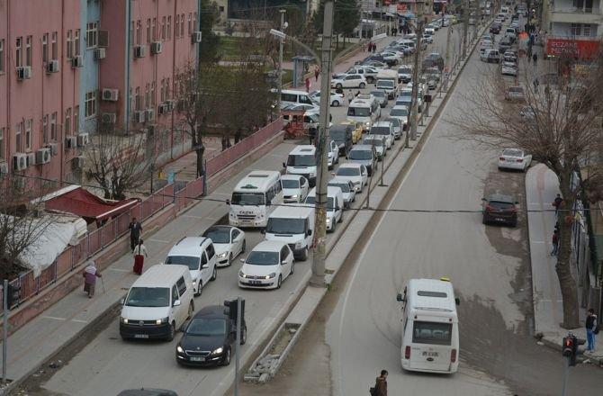 trafik-isiklarina-suruculerden-tepki.jpg
