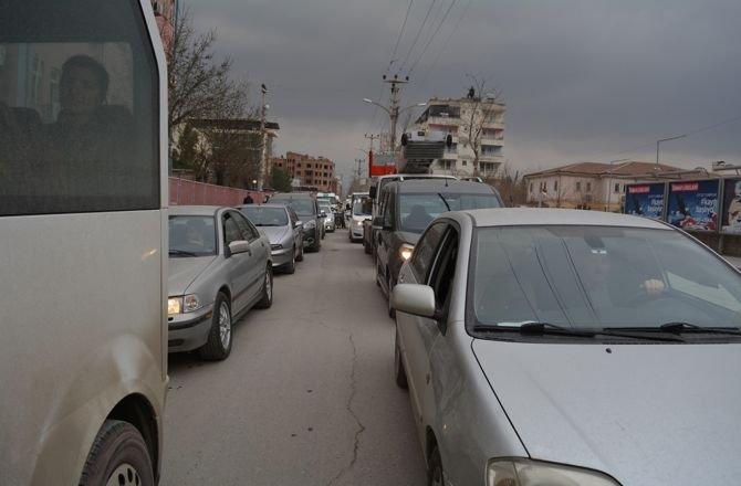 trafik-isiklarina-suruculerden-tepki2.jpg